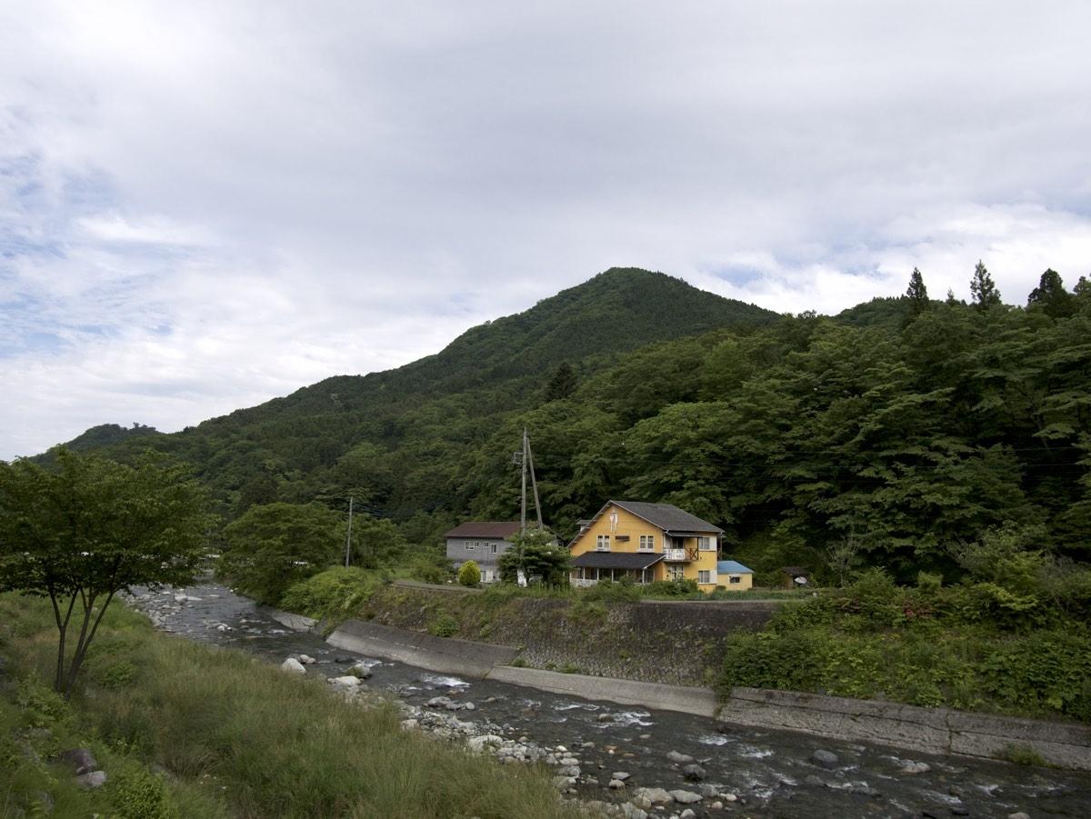 Vuoria levähdyspaikan vieressä matkalla Yamanakalle.